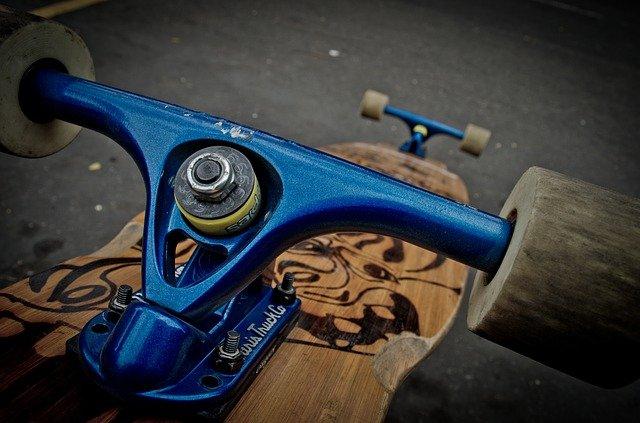 modrý longboard
