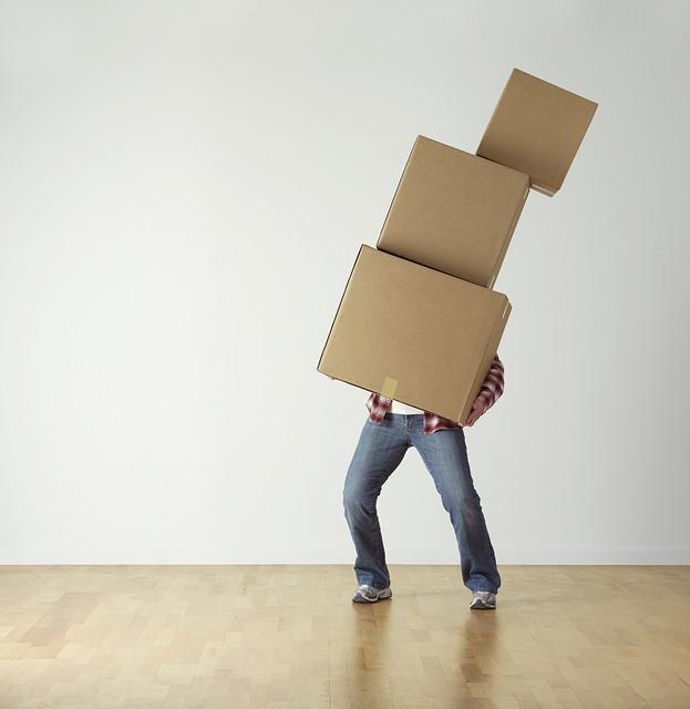 padající krabice.jpg